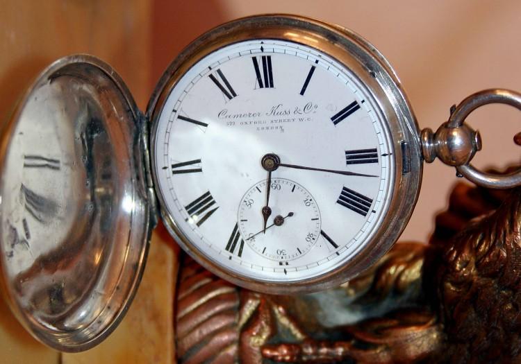 Карманные серебрянные часы серебро швейцария.